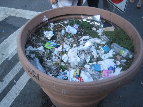 Not_A_trash_Can_Andre
